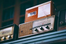 Challenges in setting up and operating a community  Radio station in Kenya: Study of community radio Stations in Nairobi
